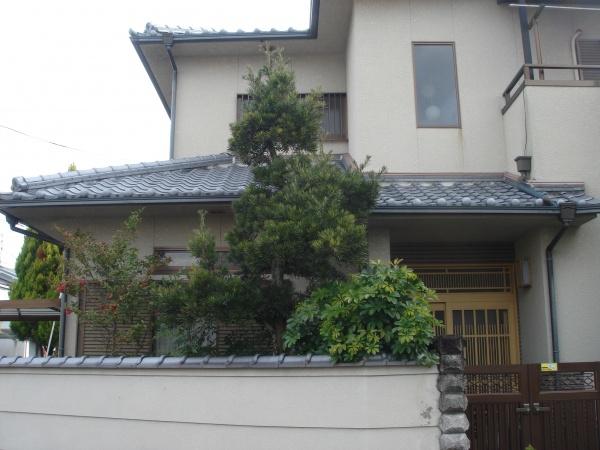 奈良市植木剪定作業前1