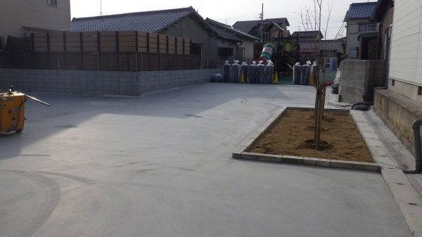 保育園への人工芝敷設工事 作業前